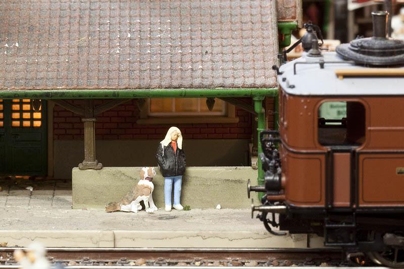 girl and dog (06-07-2009)